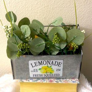 Lemons decor